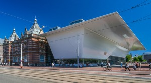 Stedelijk Museum - view of the original building (A.W. Weissman, 1895) and new building designed by Benthem Crouwel Architects. Photo: John Lewis Marshall